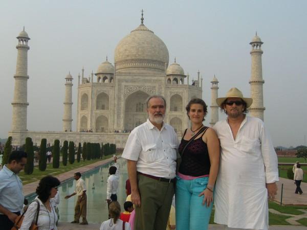 Gonzalo en el Taj Mahal