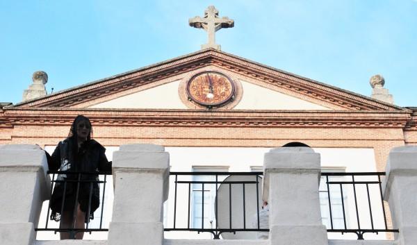 Saeta Mayka en Amo que te Amen una p elicula de Gonzalo García Pelayo
