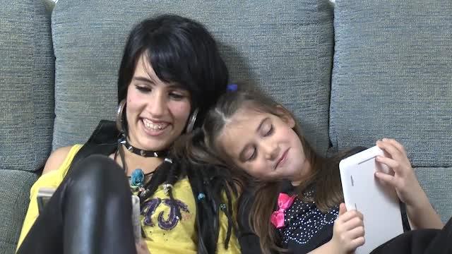 Cristina y Lydia en Niñas de Gonzalo García Pelayo