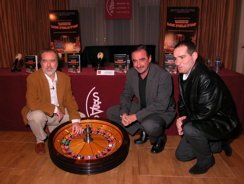 Presentación Libro La fabulos Historia de Los Pelayos junto a Carlos Herrera